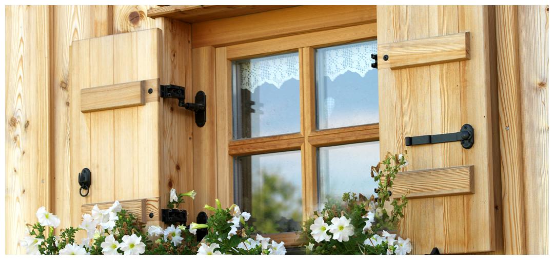 Moser Holzbau Blockhaus Fenster