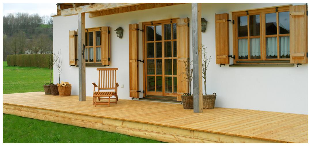 Blockhaus Veranda aus Holz von Moser Holzbau