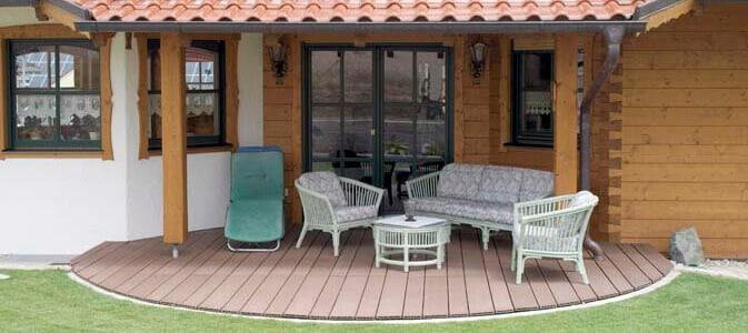 ferienhaus aus holz bauen traum vom holz ferienhaus. Black Bedroom Furniture Sets. Home Design Ideas