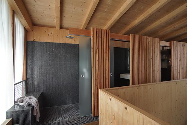 ferienhaus aus holz bauen traum vom holz ferienhaus erf llen karl moser gmbh. Black Bedroom Furniture Sets. Home Design Ideas